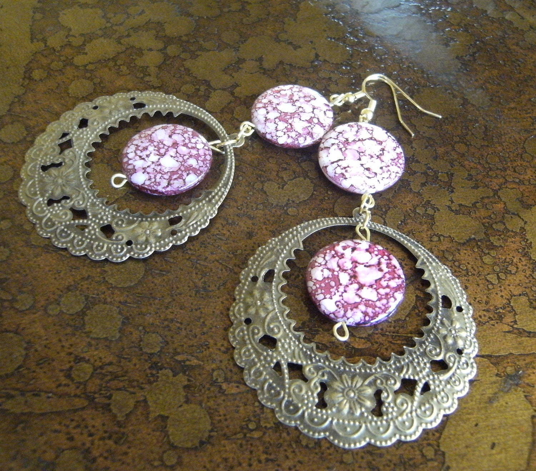 Mauve Beaded Elegance Dangle earrings