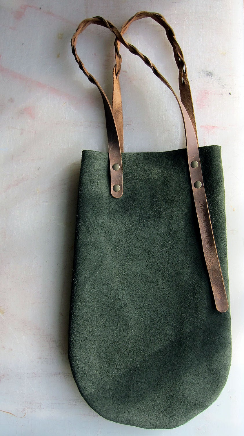 ON SALE: little green leather bag with brown leather braided handles - chrisvanveghel