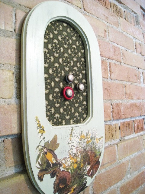 Meadowlark Framed Magnet Board Home Decor - SnapdragonScullery