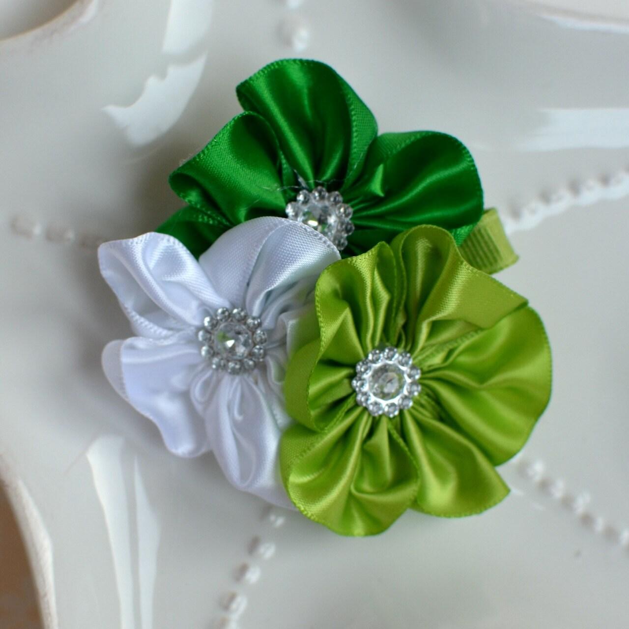 Saint Patricks Irish Green Flower Cluster Hair Clip