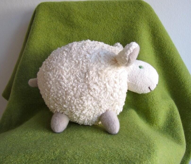 Sheep, lamb, organic, soft, cuddly, white, plushie, baby, toddler, shower gift - pingvini