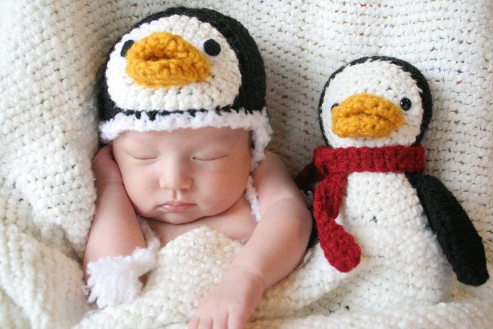 Cute Crochet Penguin Hat (Newborn)