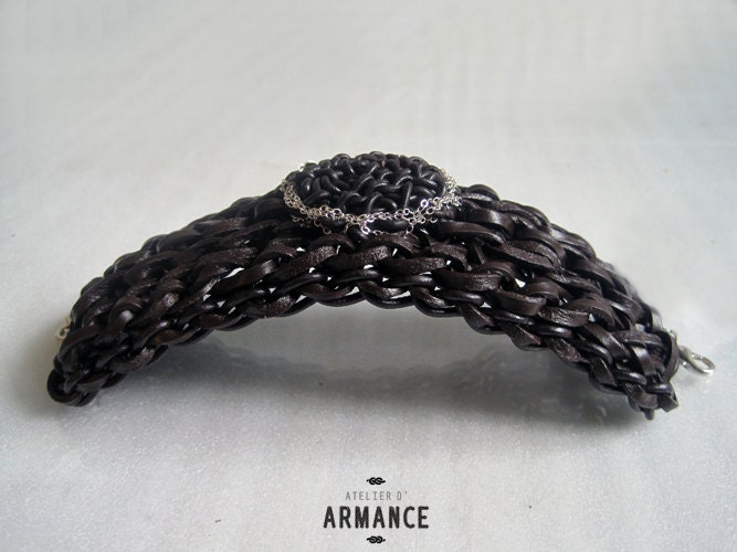 bracelet leather and sterling siler lace crochet. ECLIPSE single model. handmade in Paris FREESHIPPINGFRANCE - AtelierdArmance