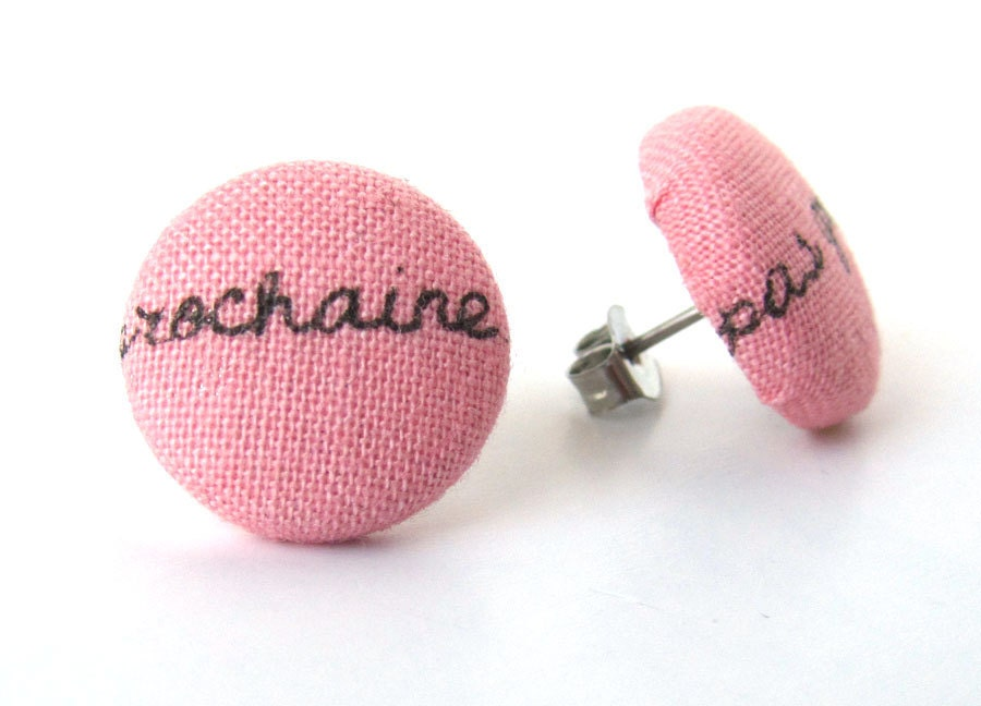 Words button earrings studs letters pink black french France