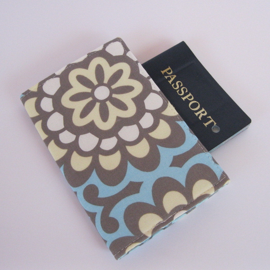 Passport Cover - Wall Flower in Sky Blue