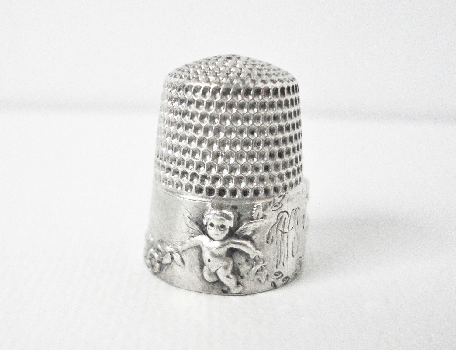 Antique Simon Bros Sterling Silver Thimble