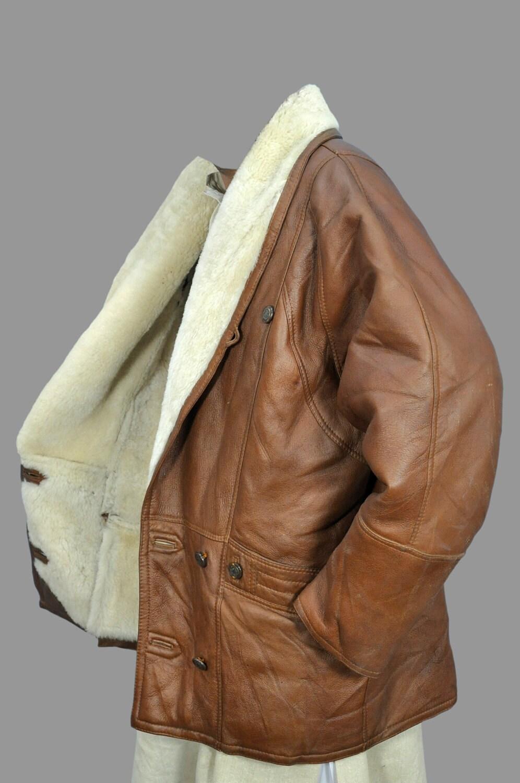 Магазин дублёнок и кожаных курток Мы начинаем сезонную распродажу дубленок и зимних кожаных курток. ... зимние