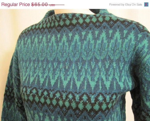 ON SALE Vintage Swedish Wool Ski Sweater Green Chevron Pattern - retrothreads