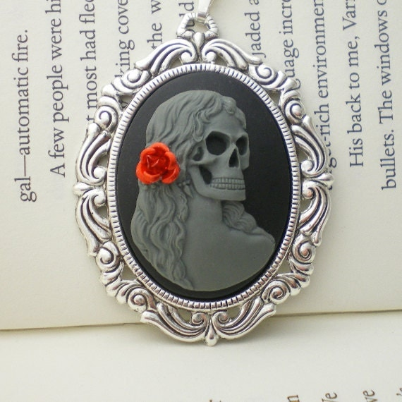 Miss Malicious - Gray Skeleton Lady Cameo Necklace