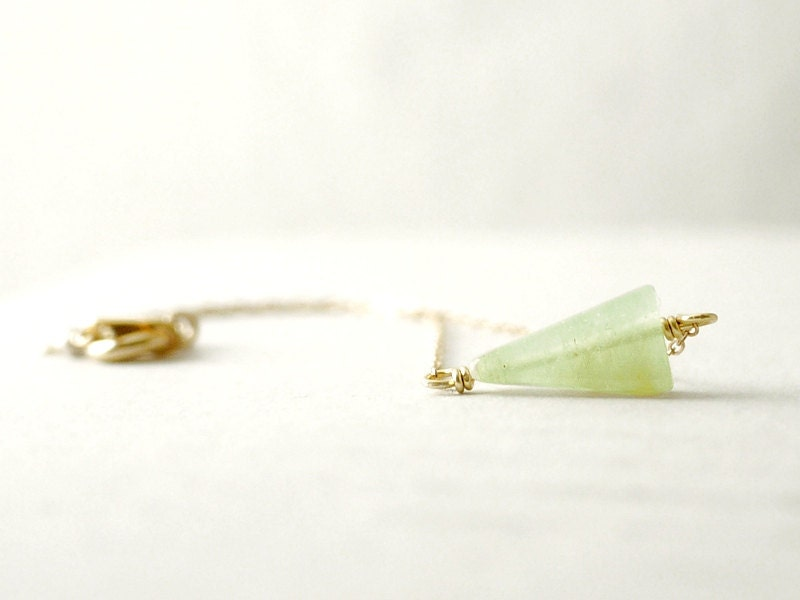 Gold triangle bracelet - light green aventurine stone on gold filled - arrow minimal - illusy