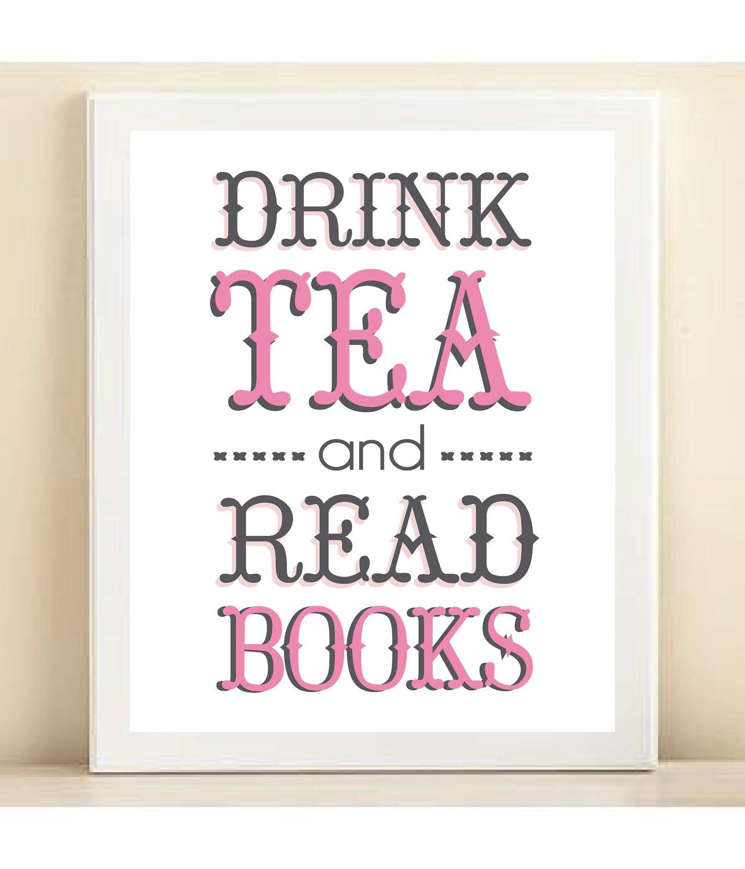 Bere tè e leggere libri