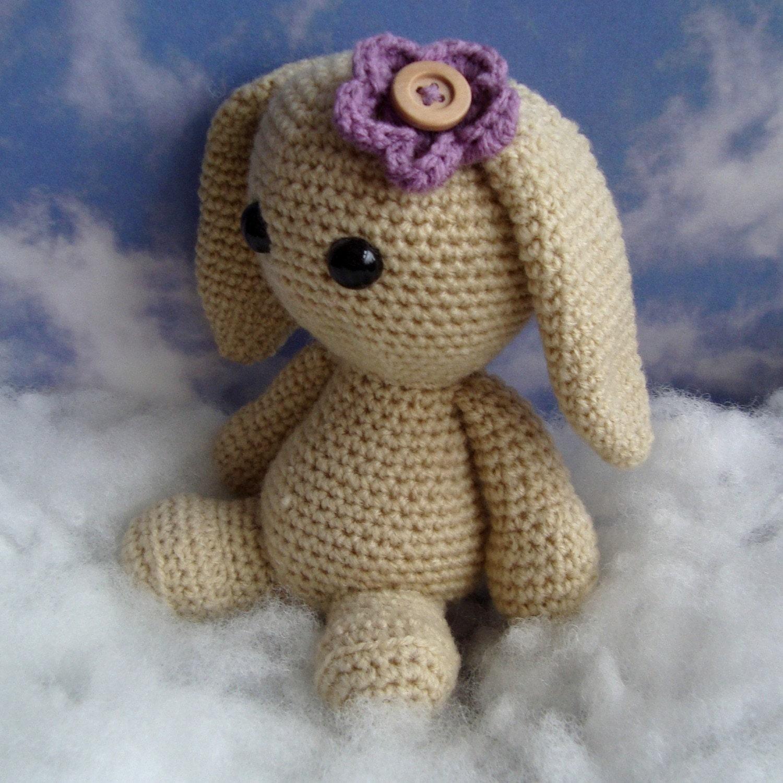 Petal The Bunny - A PDF Amigurumi Crochet Pattern