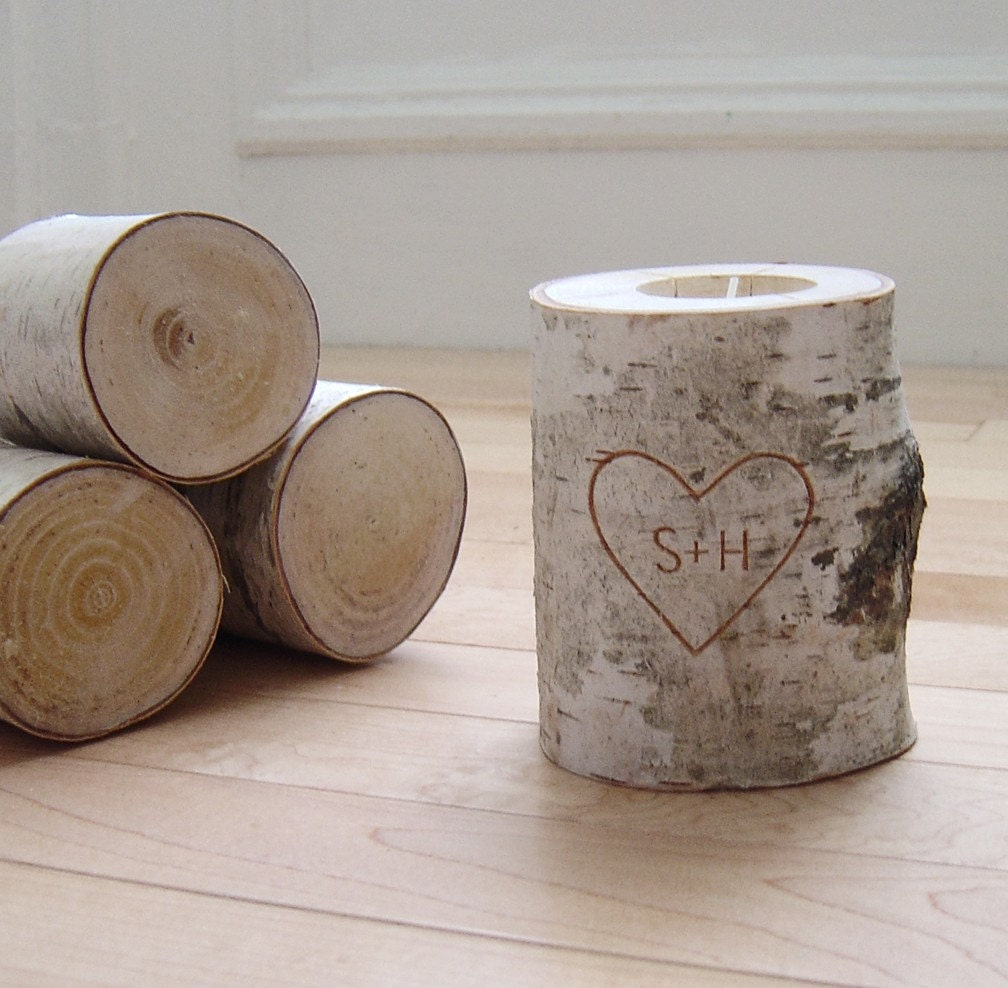 personalized natural white birch wood candle holder - carved heart & initials - urbanplusforest