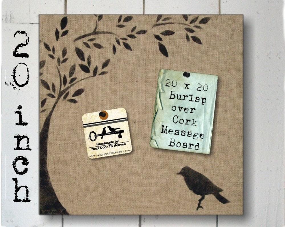 Птица и дерево - Burlap поток мешок на Cork Форум 20 дюймов