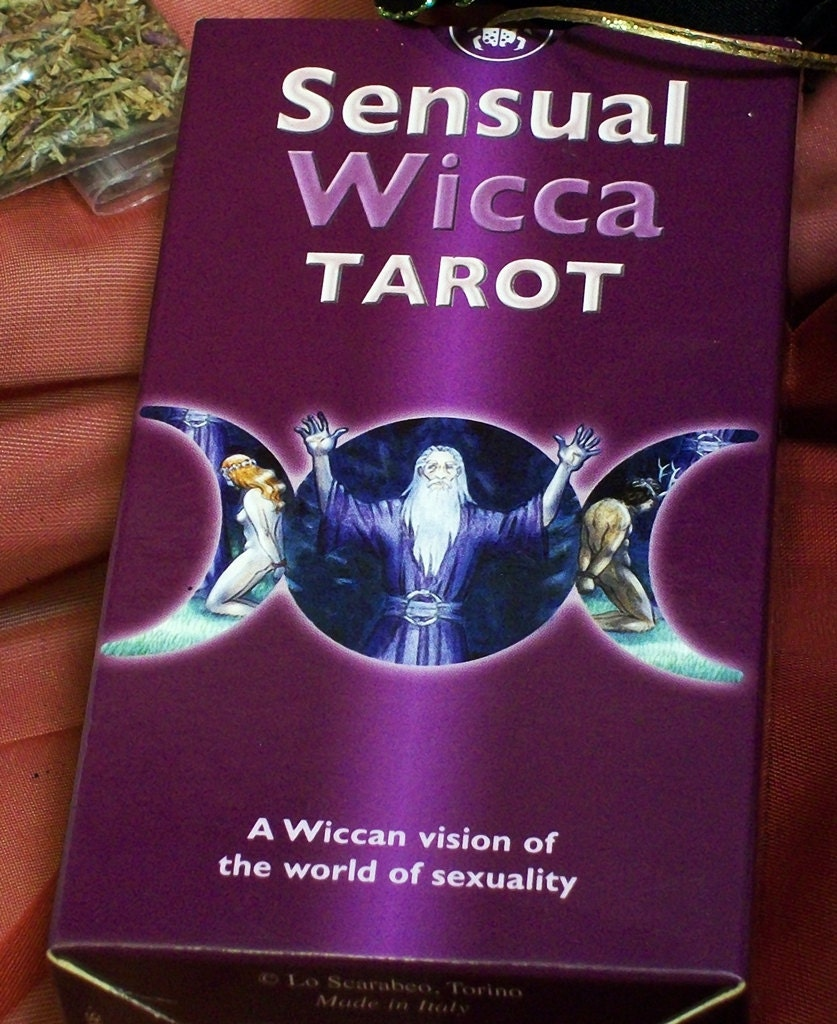 Tarot and Selenite Divination Altar Kit