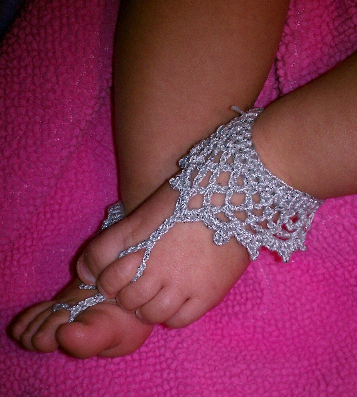 Beach Sandals: Free Knit Crochet Barefoot Sandals Baby