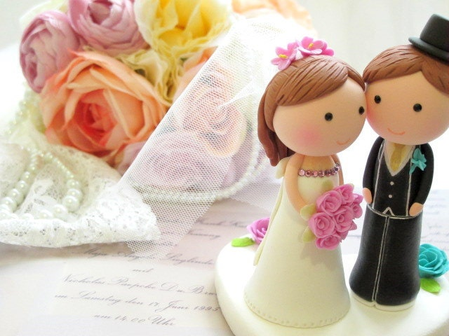 LOVE ANGELS Wedding Cake Topper-love bride and groom with sweet heart - Couple