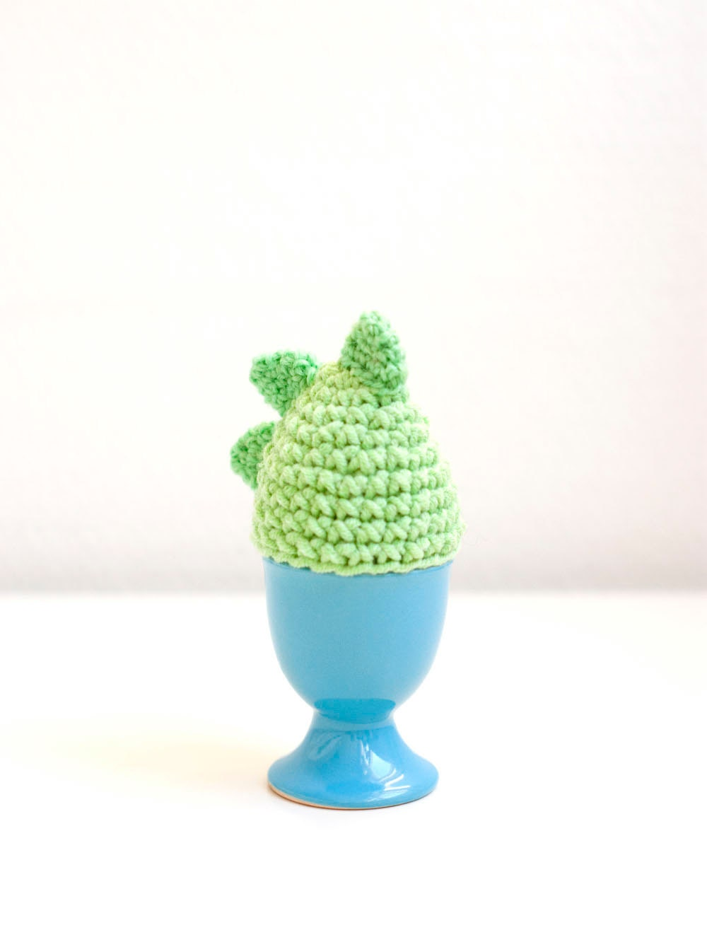 Dragon egg cozy, egg warmer - green. easter