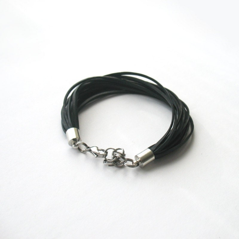Eco-friendly black minimalist multistrand bracelet - NousevaMyrsky