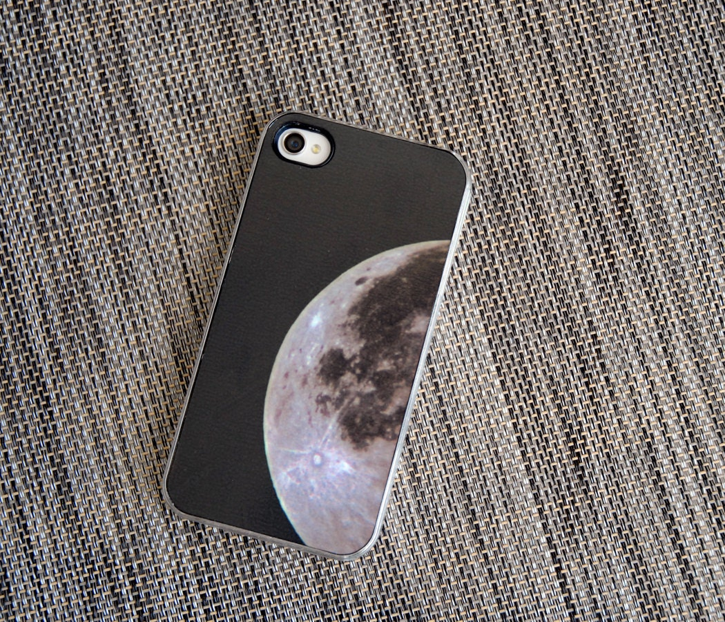 Iphone 4 and 4s case featuring the moon - Huffoto