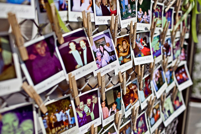 Conjunto de 25 Escort a medida de papel Polaroid estilo o tarjetas de asientos para su boda independiente o la Parte