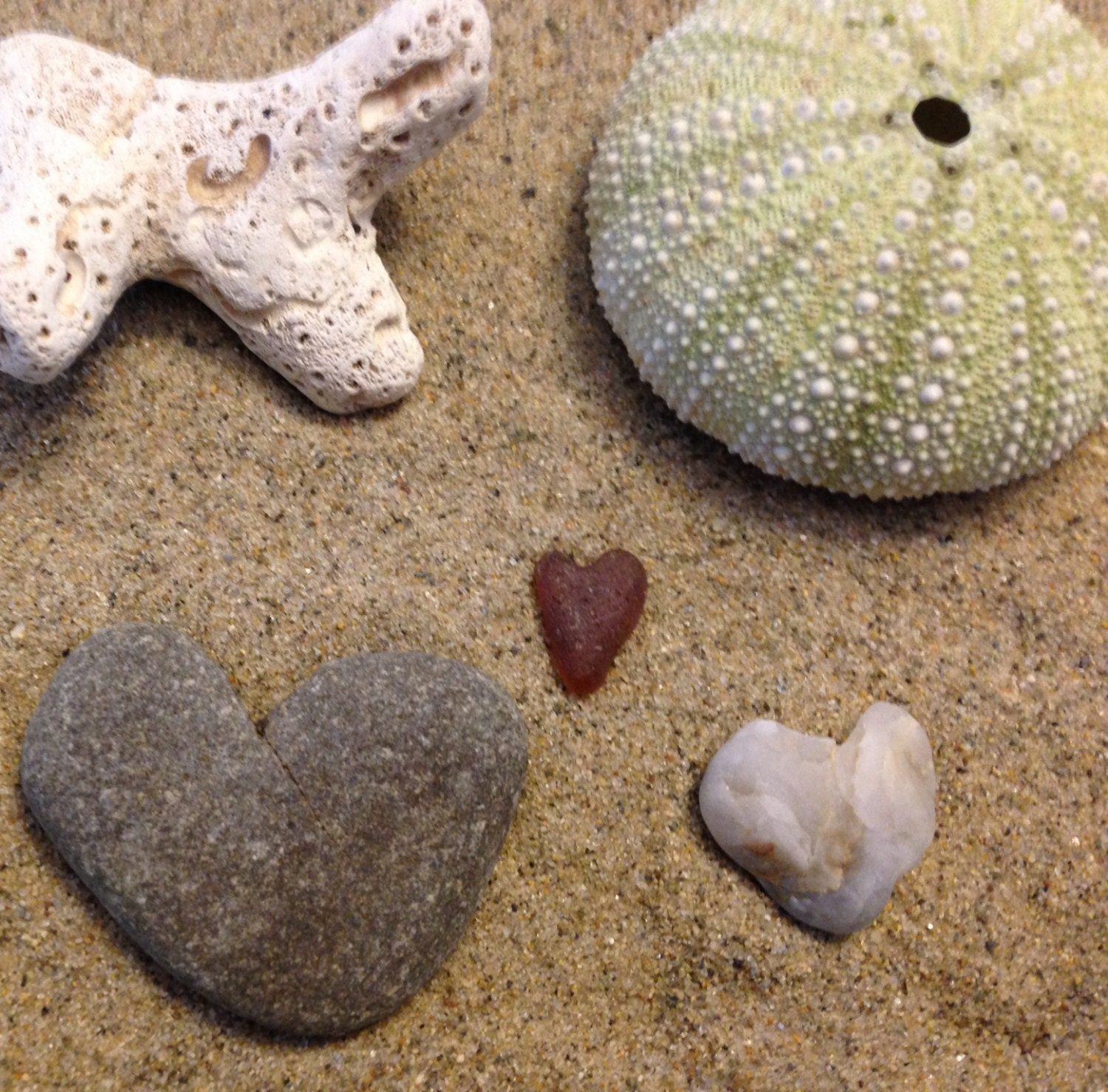 Heart rocks and a sea glass heart - Seasidebyarlene3