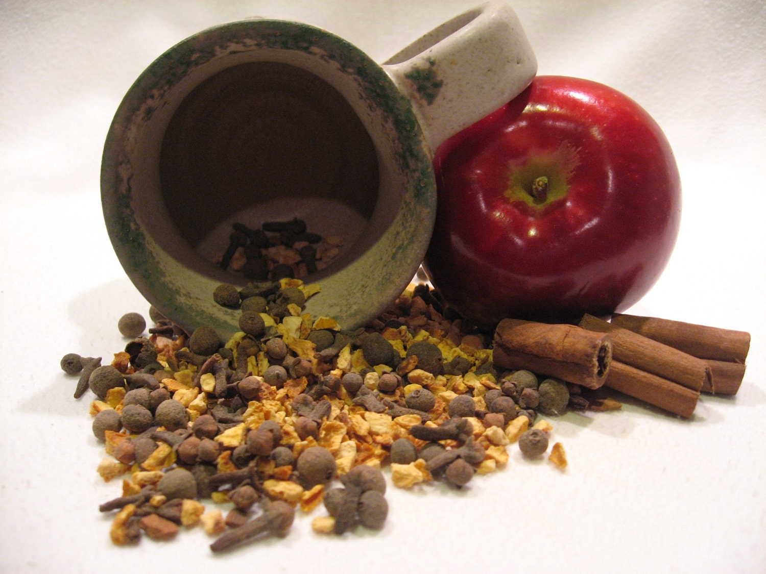 Mulling Spices ( organic, Samhain, Yule, Christmas, Autumn, Winter, spice, apple cider) - indigomoonherbals