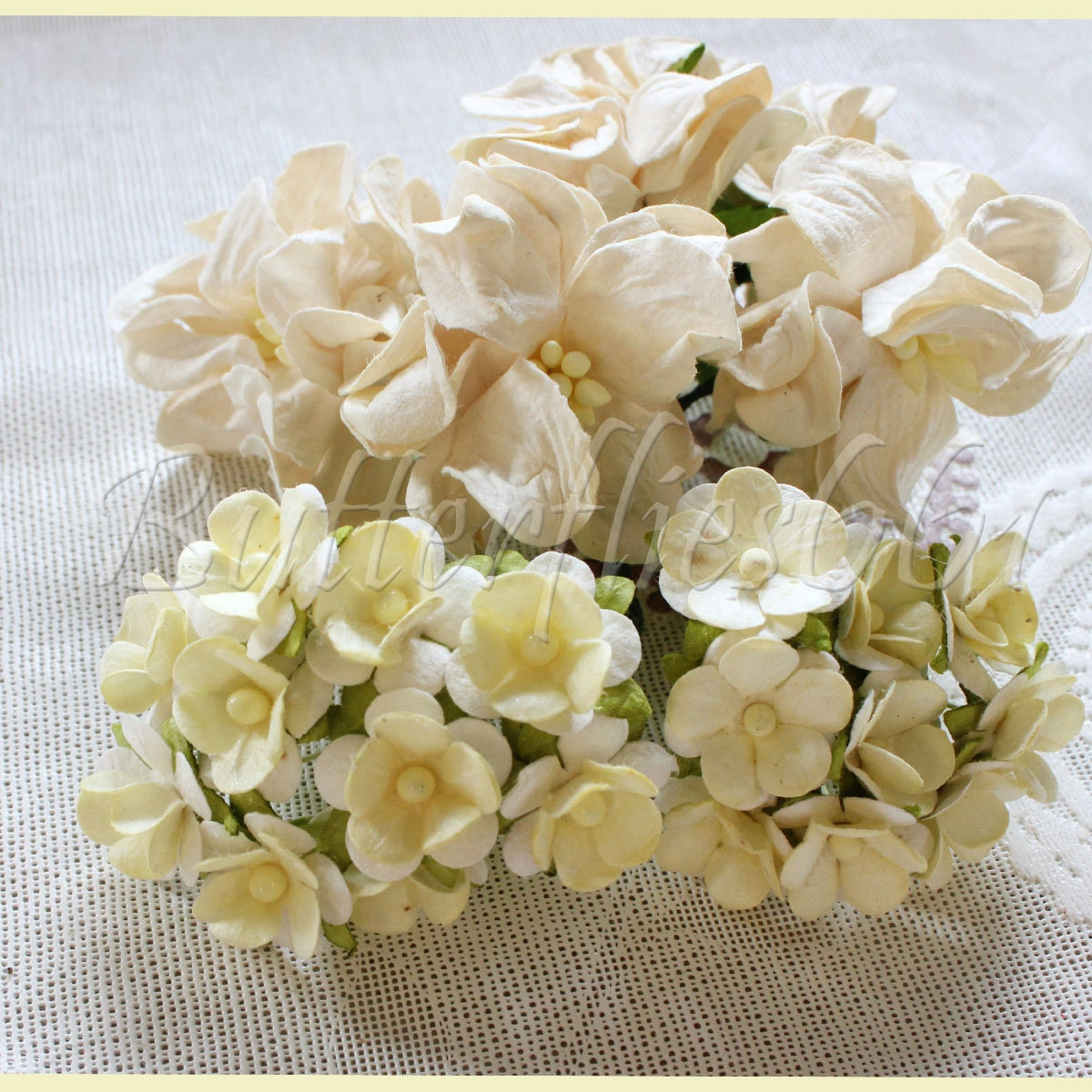 25 Handmade Mulberry Paper Flowers Mixed Sizes of  Ivory Tone Wedding Roses Code M153 - butterflies661