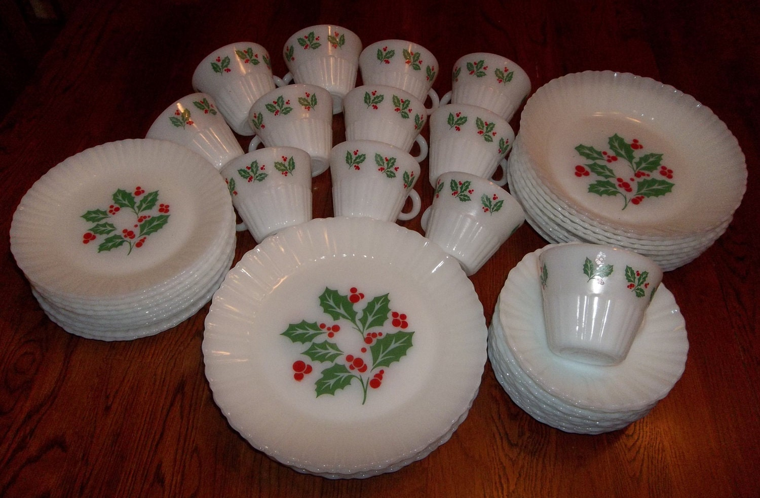 Vintage Dish Set: Crisa Milk Glass Christmas Holly 49 Pieces Mint