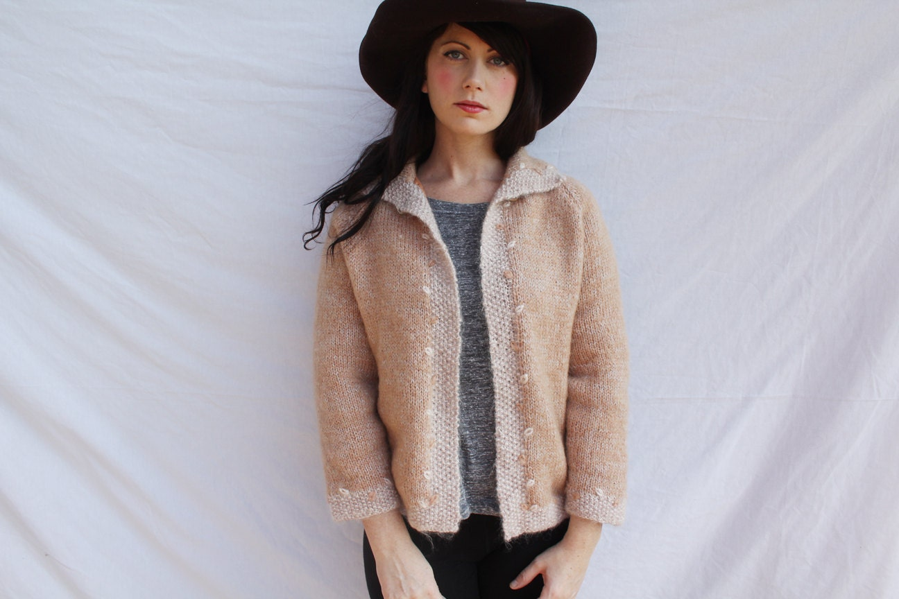 Peach Soft Cardigan - Lightwitch