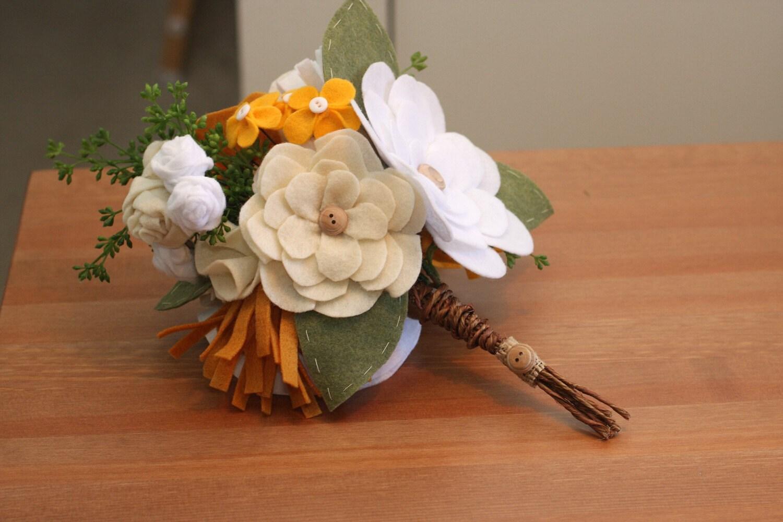 Personalizado Bouquet-Sweet Verão Flores sentida botões fio enrolado casca e ramos verdes