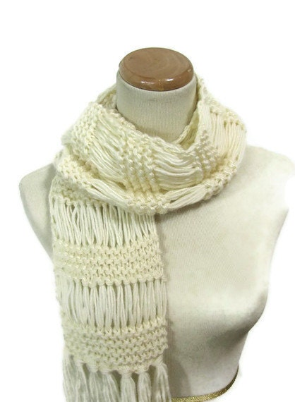 White-ish Hand Knit Scarf