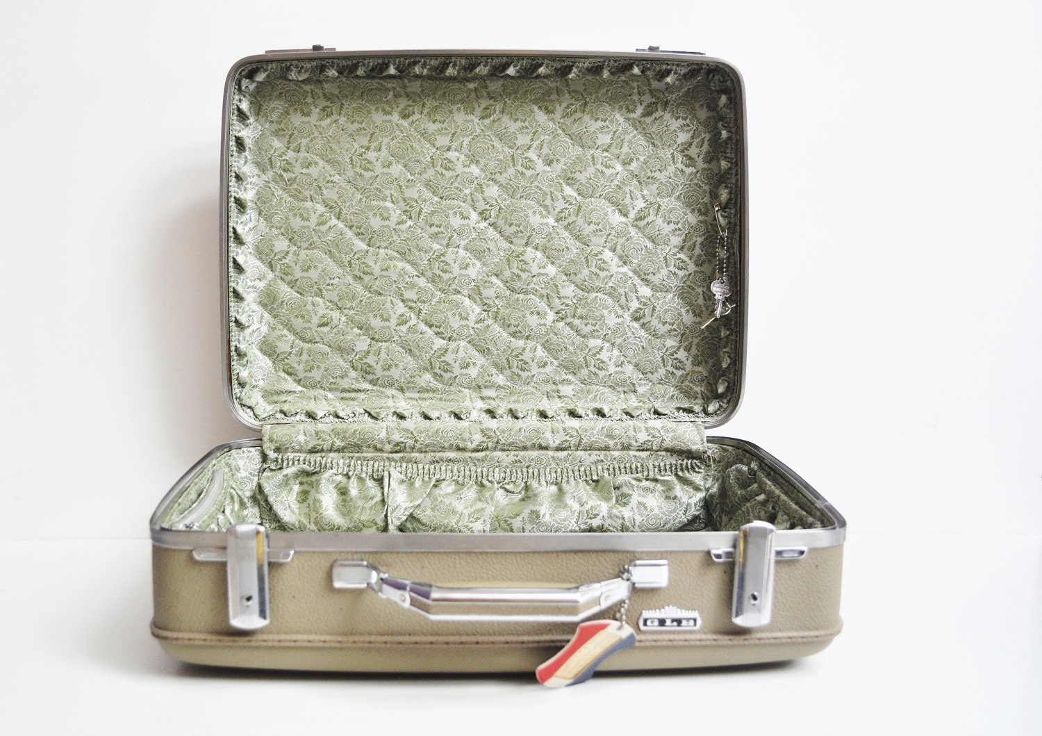 American Tourister Tiara Suitcase - Grey/Beige - thewhitepepper