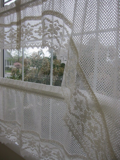 How to Crochet Window Curtains | eHow.com