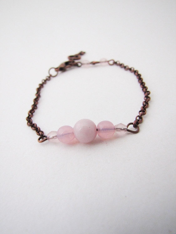 Pastel minimalist  bracelet. Minimal fashion. Minimalistic jewelry. Pastel pink - Nuann