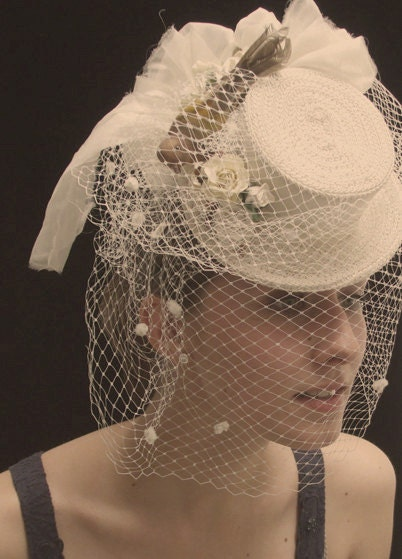 Birdy - Romantic Ivory Victorian Bridal Top Hat and Ivory Veil. Wedding Accessories - Unconventional Bride - Made to Order