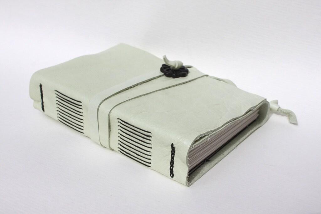 """Handmade Leather Journal 4 1/2"""" x 6"""" 140 lb Watercolor Paper - Sketchbook - WeeBindery"""