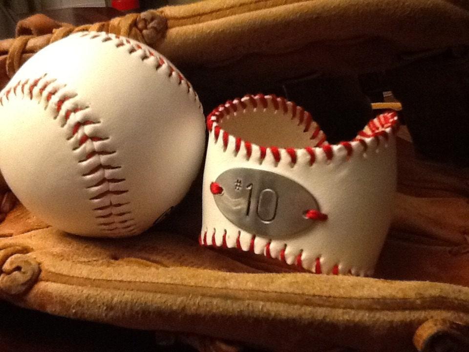 Personalized baseball cuff - MSCjewelry