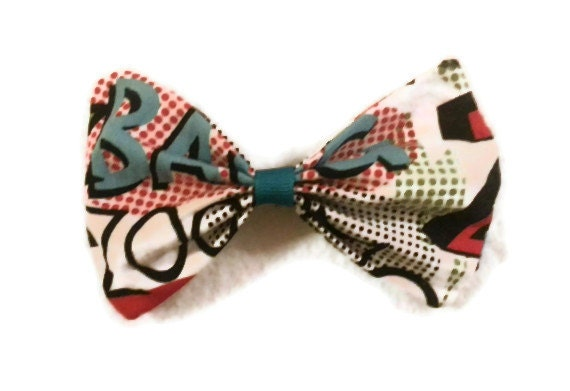 Super hero fabric bow/hair bow/comic - JoyApplique