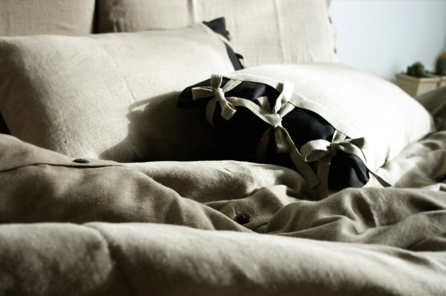 King Size bedding set ..My Linen Dream.. (duvet cover and two pillowcases)