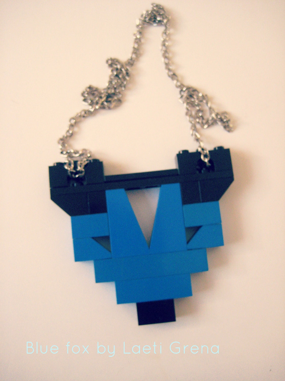 Serie 1: Blue fox collier