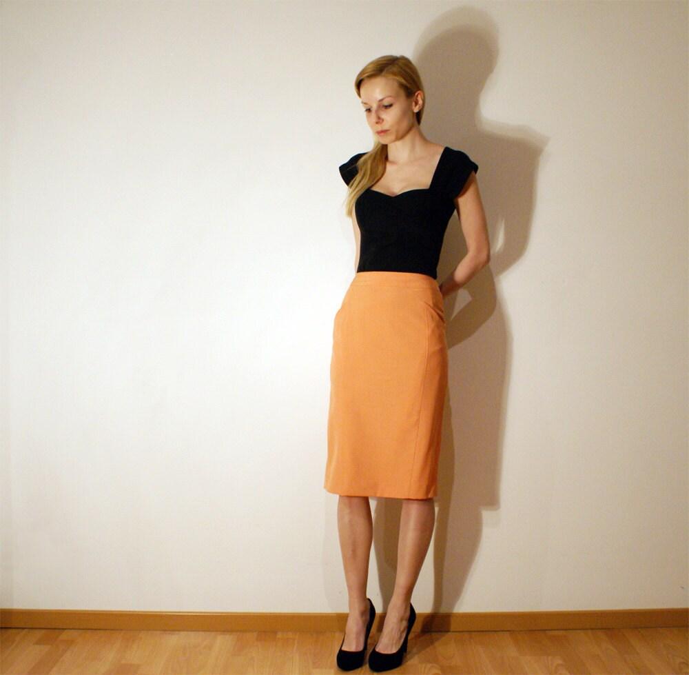 Vintage 80s Peach Orange Pencil Skirt Size  M-L - Spelfenmeisje