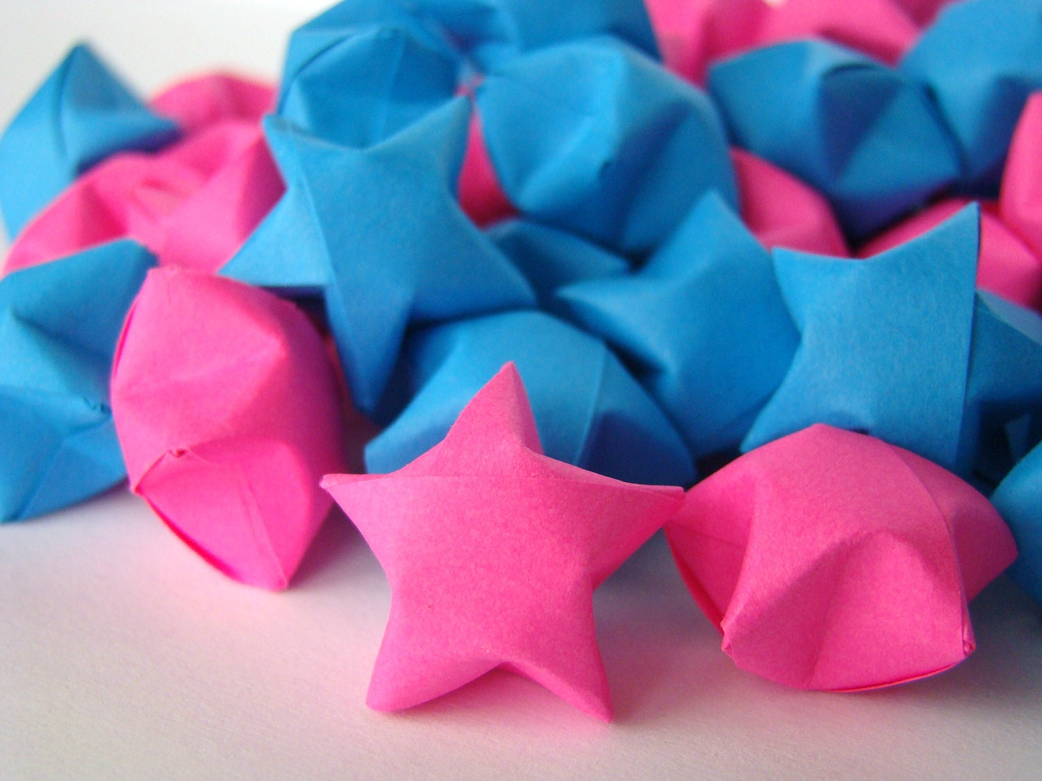 Gender Reveal Party - Hot Pink and Dark Blue Lucky Stars