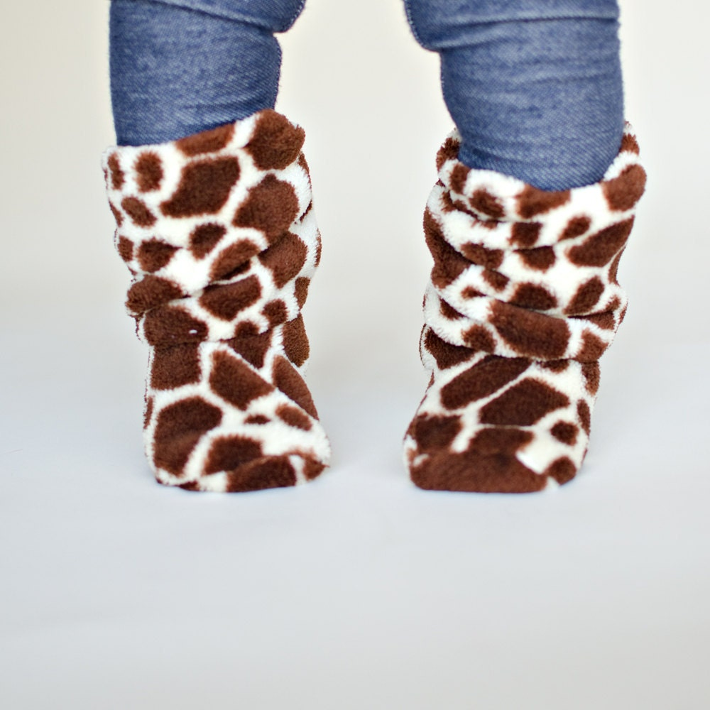 Giraffe Print Ultra Cuddle Fleece  Slouch Baby Booties