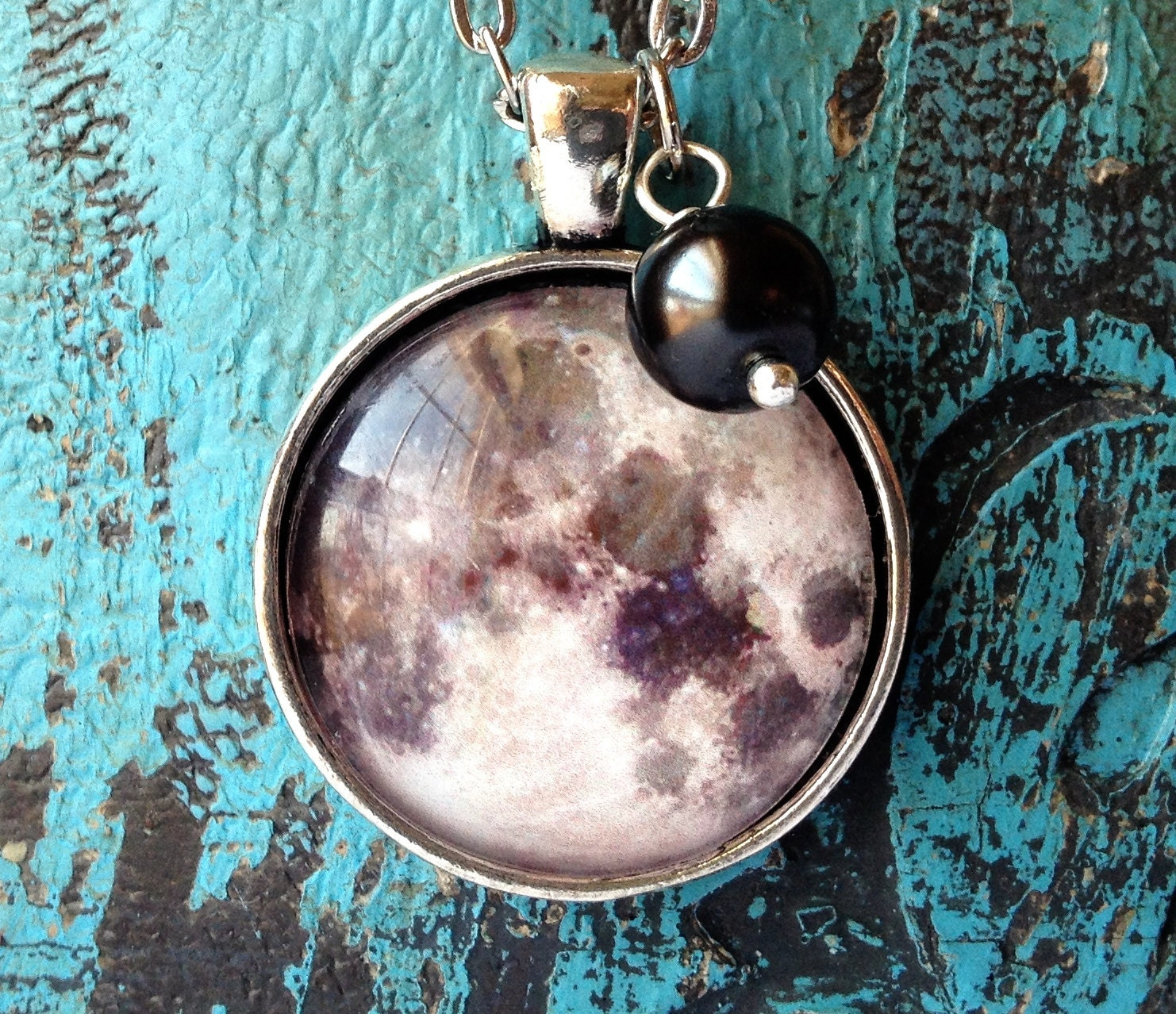 Full Moon Glass Necklace