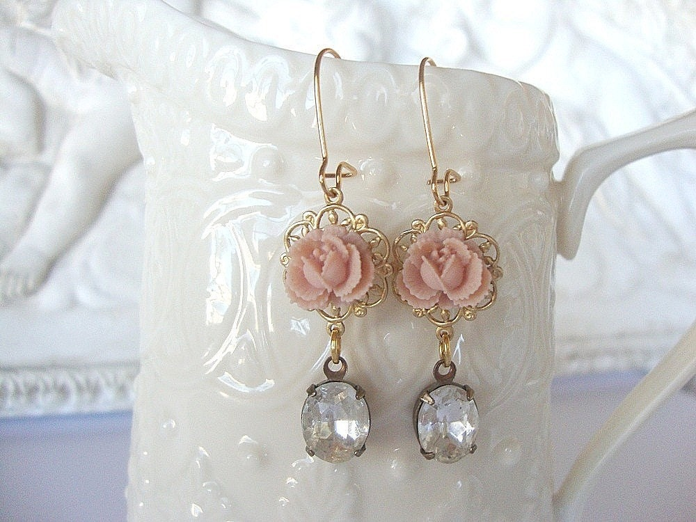 TAKE 35 % OFF SALE, Shabby Chic Earrings, Wedding Earrings, Bridesmaid, Maid of Honor, Brides, Bridal Earrings,Vintage Glass Jewels