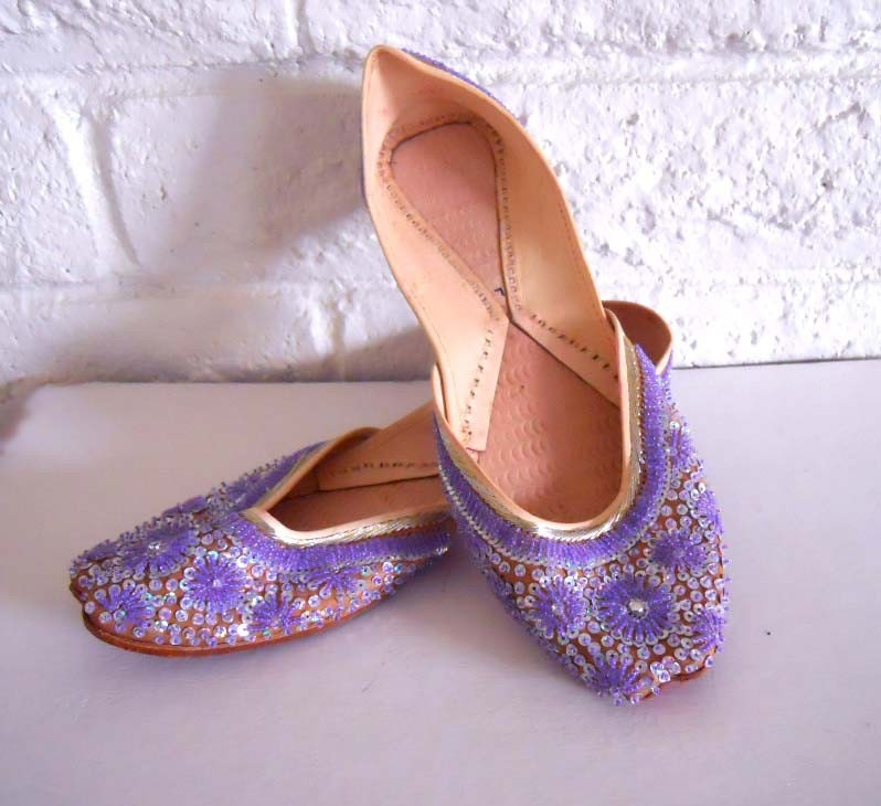 Simple Indian Fashions Amp Styles Womens Footwear Handcrafted Beaded And