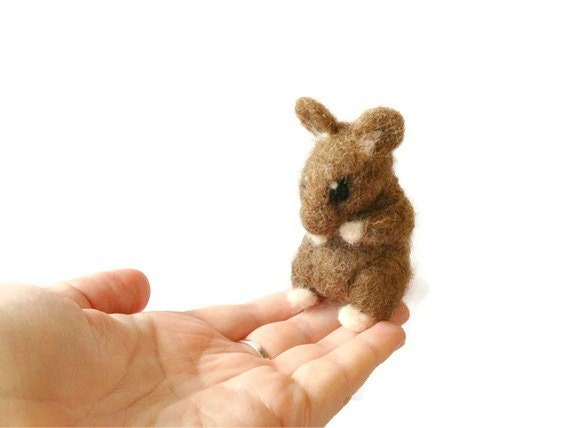 Needle Felted Mouse, Cute Mouse Soft Sculpture (Jasper)
