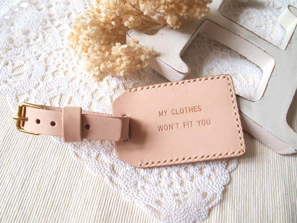 Luggage Tag with Back Window - Nude (M) - Personalized - Leather - Hand Stitched