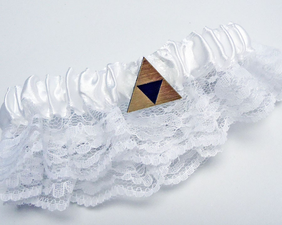 Tri force Zelda gold wedding garter belt in FREE gift box